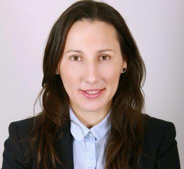 Svetluša Surova